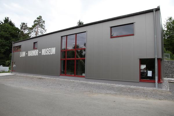 Museum in Villmar über Marmor