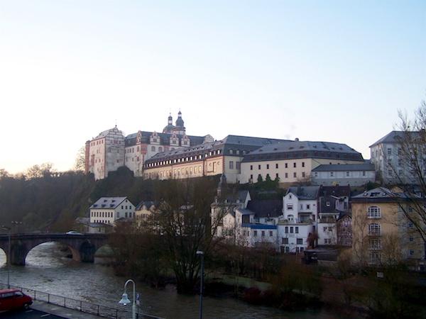 Schloss und Stadt in Weilburg